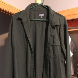 Men's Patagonia XL long sleeve shirt
